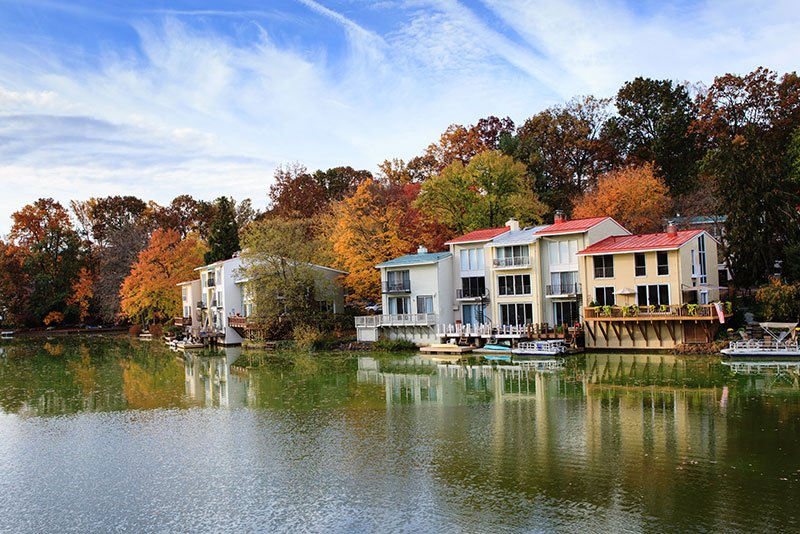 Homes on river